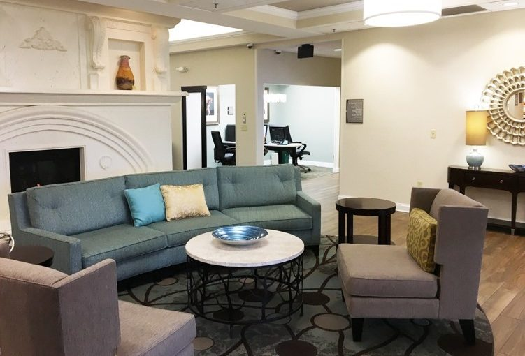 Homewood Suites by Hilton Champaign Urbana Interior