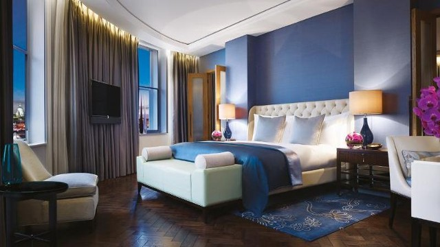 Corinthia London guestroom